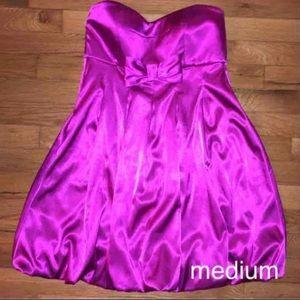 Junior medium dress